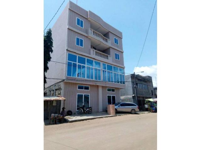 A louer à cotonou fidjrosse, des bureaux