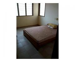 À LOUER A CALAVI Une Villa partiellement meublée est mis en location à Zogbadjè