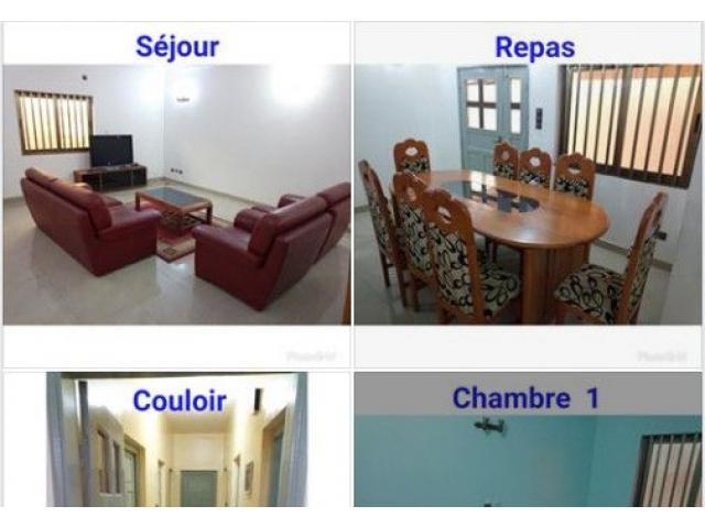 MAISON MEUBLÉE À LOUER À CALAVI zone de la mairie une maison meublée de deux chambres salon