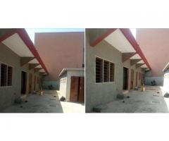 1 appartement 2chambre salon sanitaire nouvelle construction dallée, 3 ménages