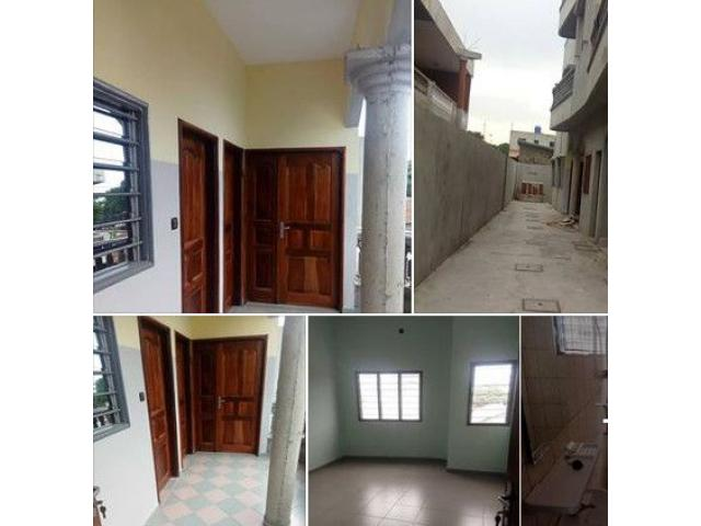 1 appartement moderne deux chambres salon sanitaire A GODOMEY MAGASIN