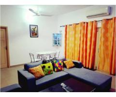 Joli appartement meublé très propre au premier étage dans un immeuble nouvellement construit