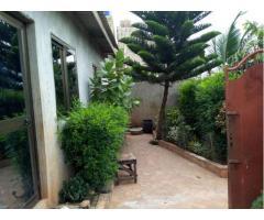 À vendre une villa à Calavi akassato zone lycée technique chino-beninois