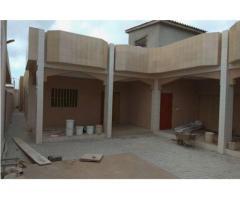 Villa disposant de document Titre Foncier, nouvellement construite à Lomé Adidogomé