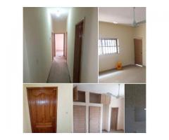 Nouvelle construction, Appartement de 3 chambres a couloir,4 douches au 2 ème