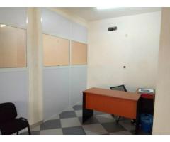 un somptueux immeuble Bureaux et Espace Salle de Formations et Réunions