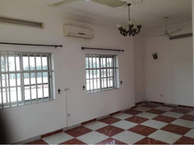 location un appartement lumineux de 3 chambres et salon très luxueux avec un haut standing