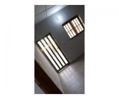 1 Chambre salon sanitaire