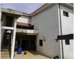 Un grand duplex de 08 pièces est en location à Angré nouveau chu.