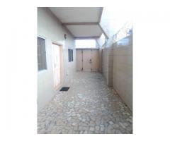 Appartement de 2 chambres salon sanitaire Staphées très propre climatisée