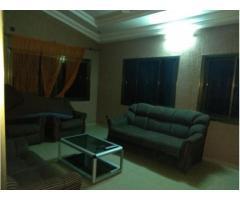 Appartements meublé seul au deuxième étage de 2 chambres salon