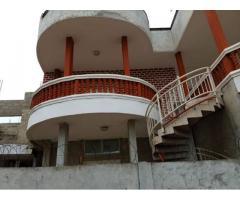 Duplex à vendre dans la cité Arconville Bâtie sur un terrain de 300m²