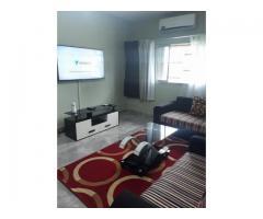 Chambre Salon disponible a la Riviera Golf non loin du 3em pont