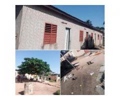 AUBAINE A NE PAS RATE A VENDRE une maison locative Dassa au quartier ayedero