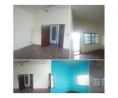 un appartement de 3 chambres salon sanitaires très propre à Cotonou Aïdjèdo