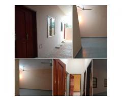 un appartement deux chambres salon très propre au rez de chaussée à Togoudo,