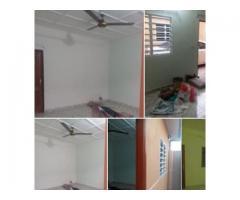 chambre salon sanitaire Dans la même maison Entrée coucher sanitaire