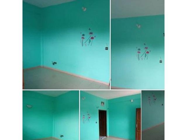 Chambre salon très propre et vaste disponible à carrefour Paraná au 1er étage