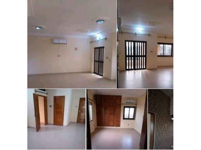 location Coquet Appartement de 2 ménage, composé de 4 pièces toutes climatisée