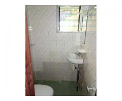 Luxueux appartement de Deux chambres salon sanitaire propre, bien staffée, nouvelle construction
