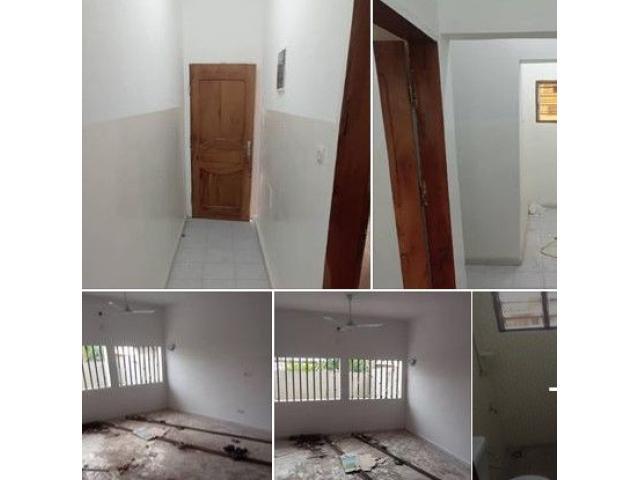 2 chambres salon nouvelle construction. Deux douches+ WC visiteur.