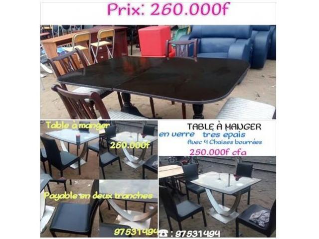 TABLE A MANGER AVEC 4 CHAISE A 260.000F (crédit possible) 260 000
