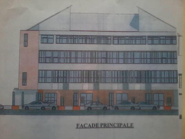 En vente un immeuble R + 3 construit sur une superficie de 598 mètres Abomey Calavi