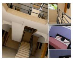 studios meublés à la Riviera2 dans un somptueux cadre avec un accès facile et une sécurité garantie.