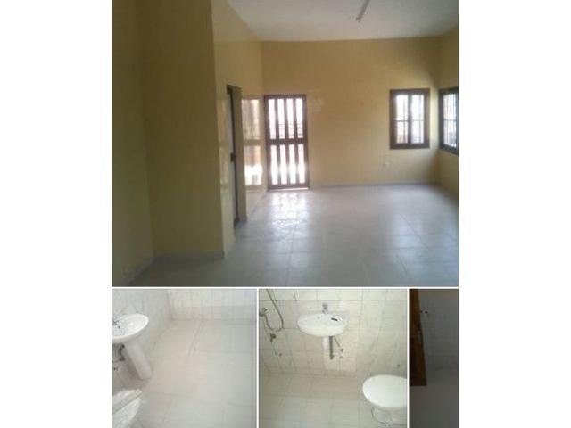 Un appartement seul au premier étage de deux Chambre salon WC douche interne avec cuisine