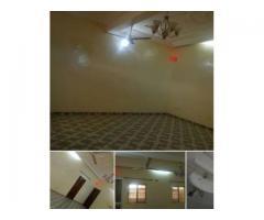 Appartement mini-cour scindée de 2 chambres Salon wcd cuisine Interne