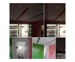 Boutique sanitaire staffé au des pavés a fifadji avec baie vitrée bien scellé