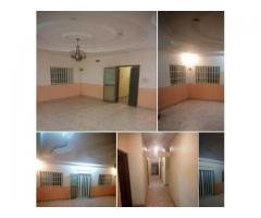 APPARTEMENT_A_LOUER A Akpakpa irredé Appartement 04 pièces