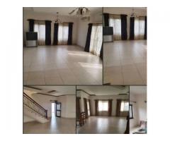 Villa duplex en location a Cotonou Akpakpa Tanto très bien situé,
