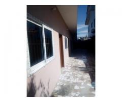 Maison locative nouvelle construction dallée avec TF en cours à vendre à Fifadji