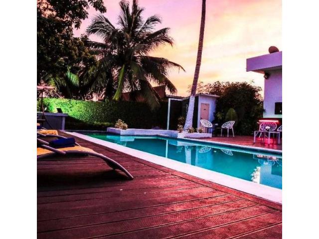 met à votre disposition une belle  résidence de 4 chambres salon avec piscine