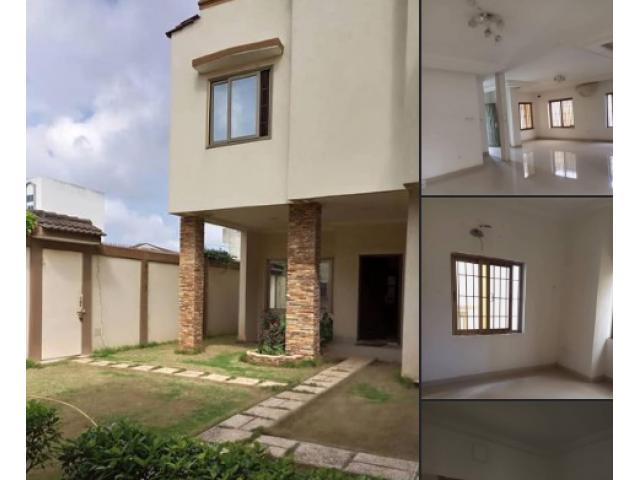 Villa DUPLEX coquette à louer à atrokpocodji, *idéale pour une ONG, un Cabinet